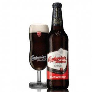 Bia Đen Budweiser Budvar 4,7% - chai 330 ml thùng 24 chai