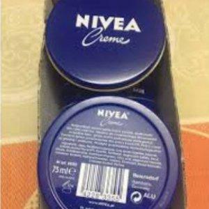 Kem dưỡng ẩm body Nivea cream 75ml