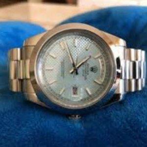 Đồng hồ Rolex R049