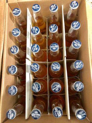 Được đóng trong thùng quy cách 24 chai