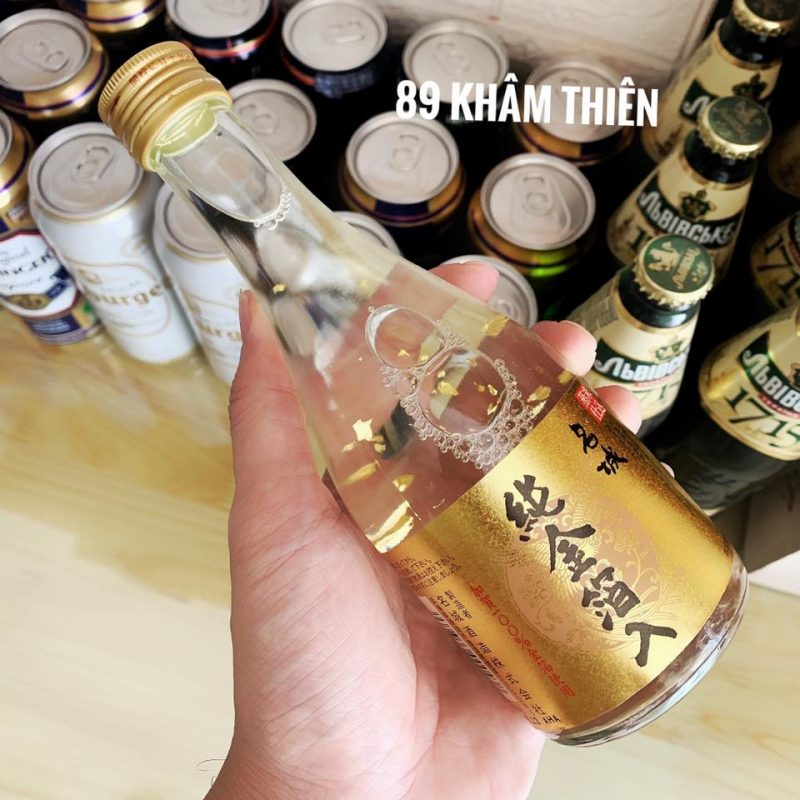 Sake vảy vàng Masaki Jun có nống độ thơm ngon hơn hẳn những dòng sake vẩy vàng khác với hơn 150 năm lịch sử trong việc làm rượu sake.