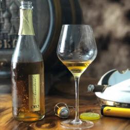 Sâmbanh vẩy vàng Oro - queen annastasia ORO champagne